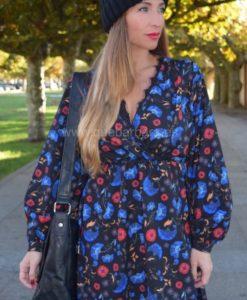 vestido flores azules que barbara