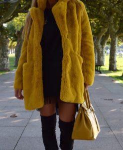 abrigo mostaza que barbara