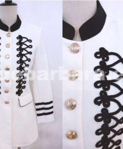chaqueta militar que barbara