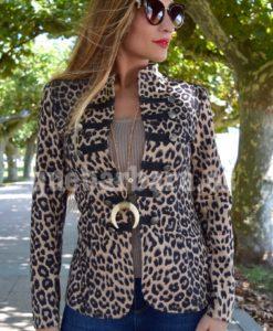 chaqueta corsario leopardo que barbara