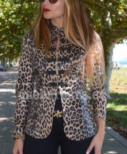 chaqueta leopardo que barbara