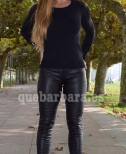 pantalon encerado negro que barbara
