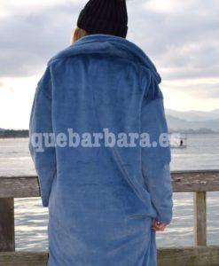 abrigo oversize azul que barbara
