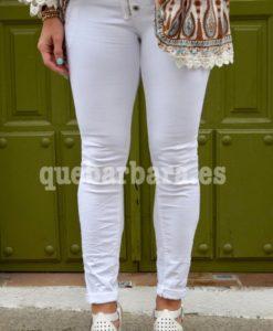pantalon blanco ceñido que barbara