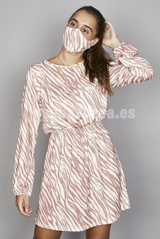 vestido rosa que barbara